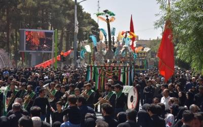 عاشورای 1441  نجف آباد و تجمع بزرگ سینه زنی در میرداماد